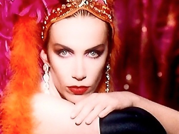 The great scottish playlist for burns night 2017 - Annie lennox diva ...