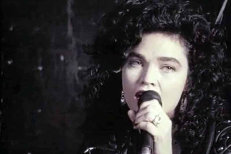 Alannah Myles Black Velvet –Hardest Karaoke Songs