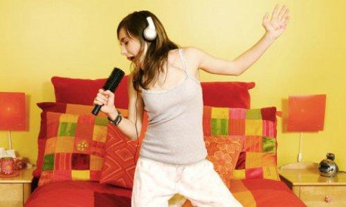 The top 10 karaoke songs to kick January blues!