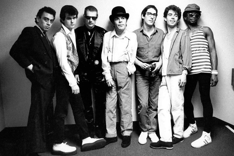 Easiest Karaoke Songs To Sing – Ian Dury and The Blockheads Hit Me