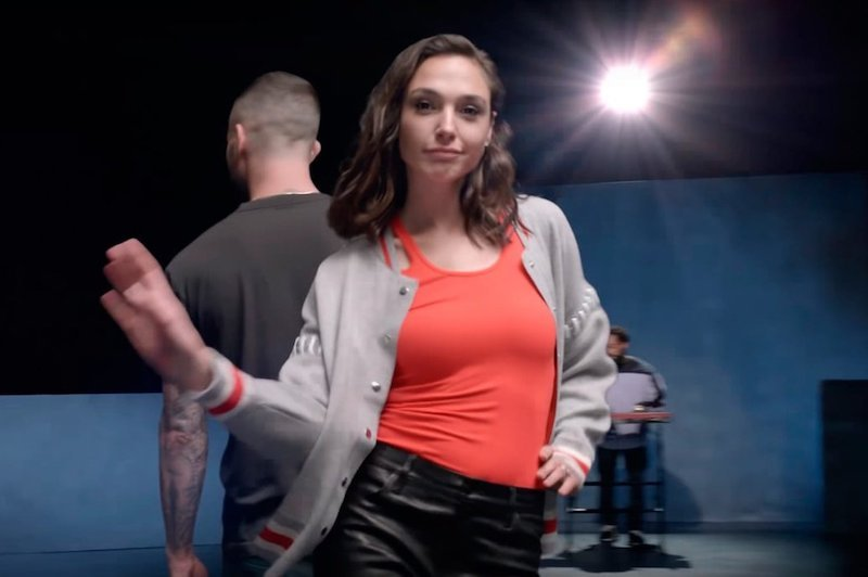 Gal Gadot Girls Like You Maroon 5
