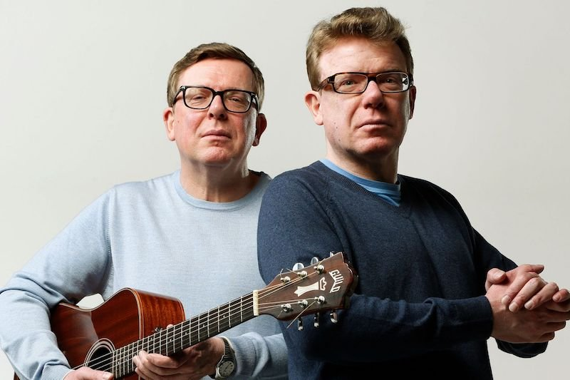 Best Karaoke Songs For Guys: The Proclaimers 500 Miles